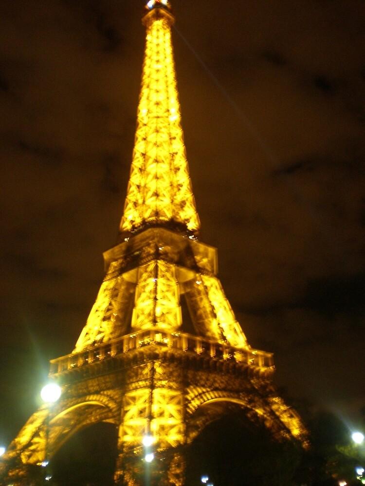 Eiffel Tower by laurapm