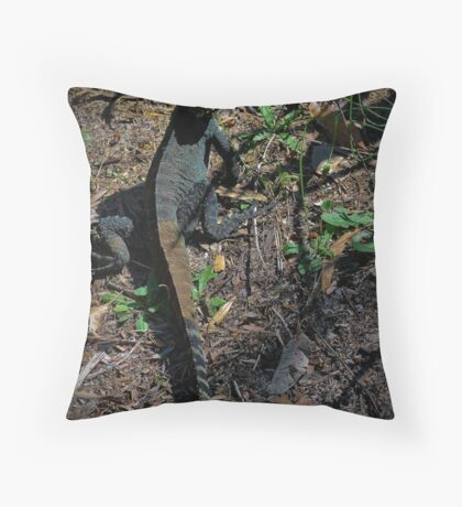 Gippsland Water Dragon. Throw Pillow