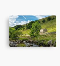 Barn in Wharfedale in the Yorkshire Dales Canvas Print