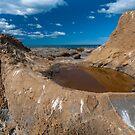 Katiki Boulder 3 by Werner Padarin