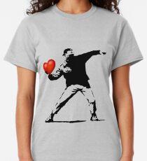 Banksy flower thrower - heart Classic T-Shirt