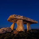 Lanyon Quoit Burial Chamber by Rob Lodge
