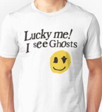 Camiseta ajustada Por suerte me veo fantasmas sonrientes