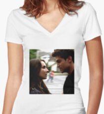 Spoby Women's Fitted V-Neck T-Shirt