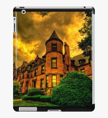 Castles of Brookline, Ma  - I iPad Case/Skin