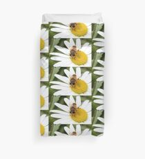 Hungry hoverfly Duvet Cover
