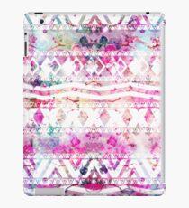 Blumennebelfleck des modernen aztekischen Musteraquarells iPad-Hülle & Klebefolie