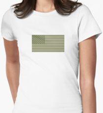 Camo Sternenbanner - USA Flagge militärische Camouflage Farben Tailliertes T-Shirt für Frauen