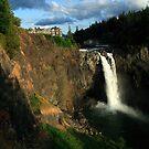 Snoqualmie Falls, Washington, USA by John Gaffen