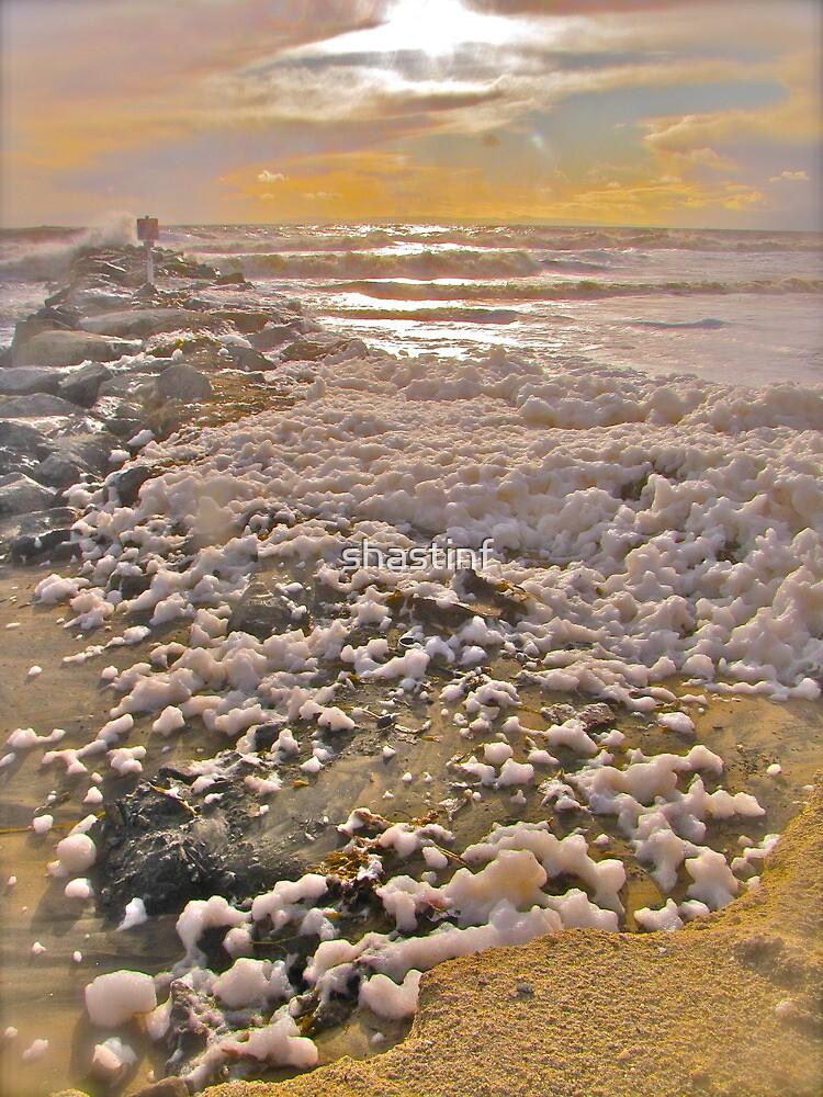 Sea Foam by shastinf
