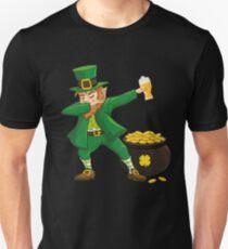 Dabbing Leprechaun St. Patricks Day Beer Unisex T-Shirt