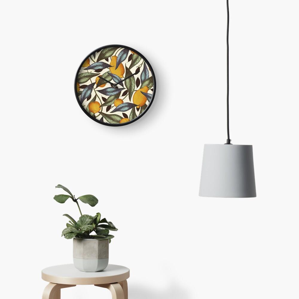 Dicky Bow - Julia Clock