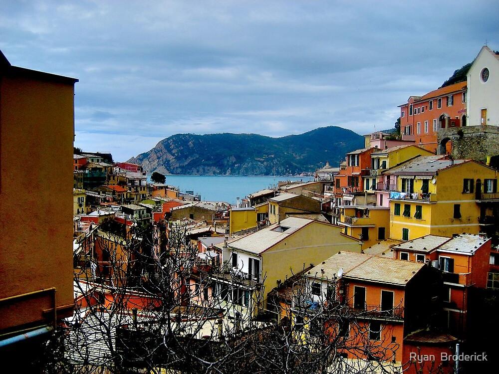Vernazza 2, Cinque Terra, Italy by Ryan  Broderick