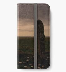 Berneray: Clach Mhor Standing Stone iPhone Wallet/Case/Skin