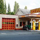 Hailstone Food and Gas store, Issaquah, Washington, USA by John Gaffen