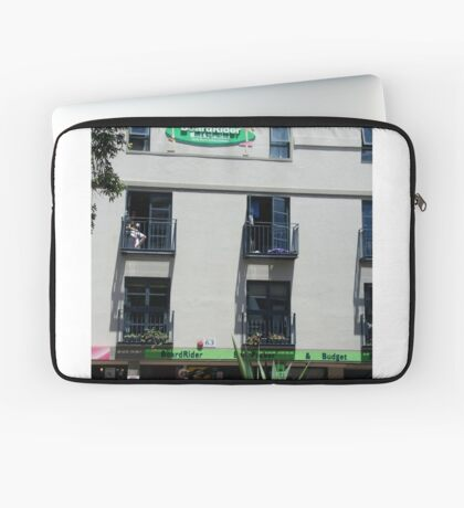 BackPackers Accommodation, Manly Laptop Sleeve