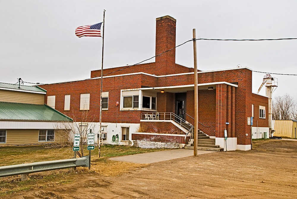 Garfield County (Montana) Court House by Bryan D. Spellman