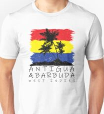 Antigua und Barbuda National Colors im Hintergrund des Palmeschattenbildes Slim Fit T-Shirt