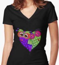 Owl's love Women's Fitted V-Neck T-Shirt