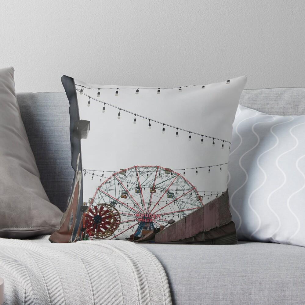 I love Coney Island Throw Pillow