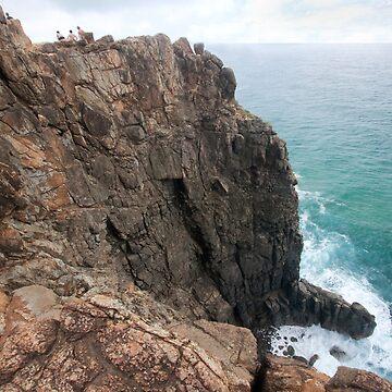 Cliffs Indian Head, Frazer Island by smallan