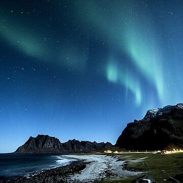 Aurora Borealis by fourretout