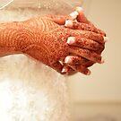 Henna by PaulineC