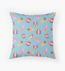 Floating devices in a pool seamless pattern. Women with sunhats on floaties chilling in the pool. Fun summer design. Summer vacation Throw Pillow