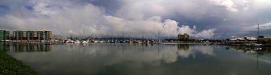 Townsville Breakwater Marina - The wet season begins by Paul Gilbert