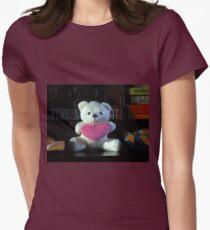 Dreisprachiger Teddy Tailliertes T-Shirt für Frauen