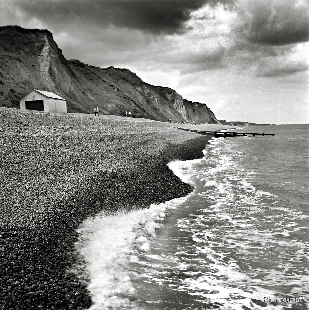 The pebble beach at Sheringham, Norfolk, UK by Richard Flint