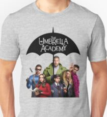 Umbrella Academy - Das gesamte Akademieteam Slim Fit T-Shirt