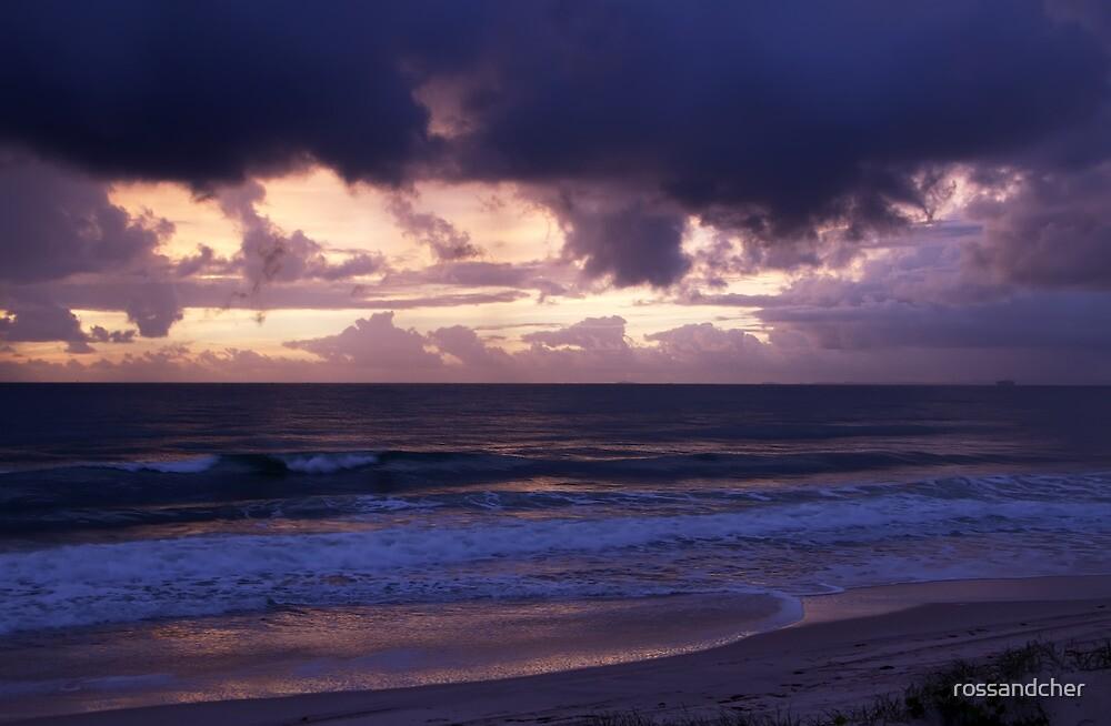 Stunning sunrise at Bribie by rossandcher