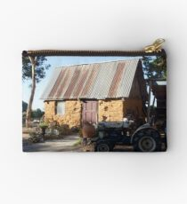 On the farm - Magpie Springs - Adelaide Hills Wine Region - South Australia Studio Pouch