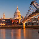 UK, London, St. Paul's Cathedral and Millennium Bridge over River Thames   Alan Copson © 2010 (20046-04) by Alan Copson