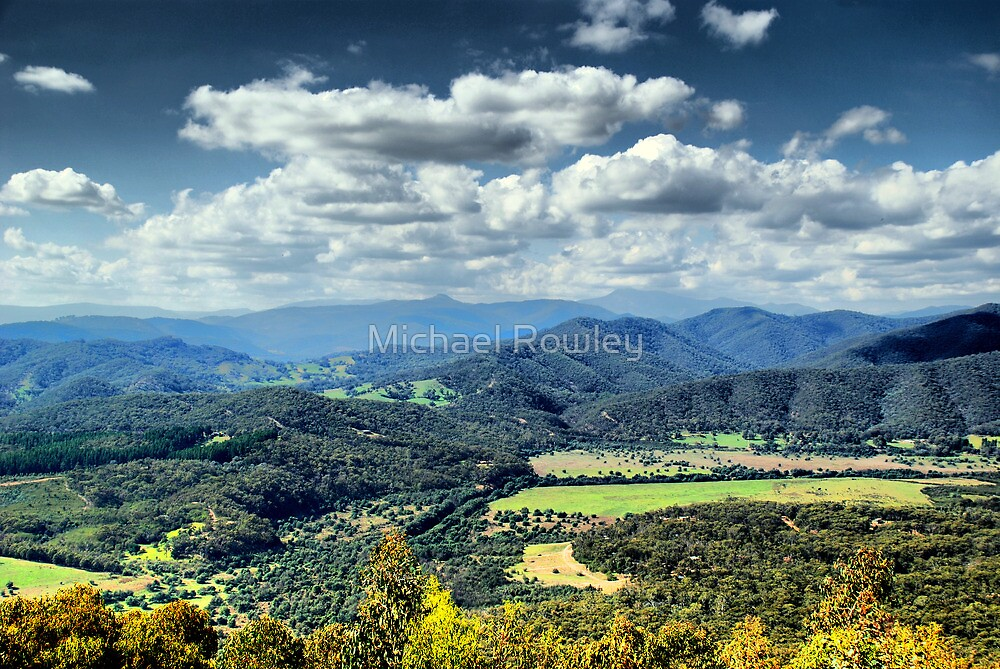 Scenic Lookout by Michael Rowley