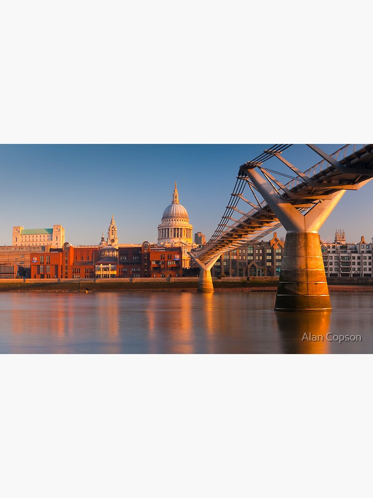 UK, London, St. Paul's Cathedral and Millennium Bridge over River Thames   Alan Copson © 2010  (20046-05) by AlanCopson