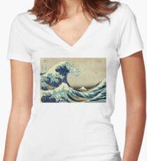 Camiseta entallada de cuello en V Hokusai, la gran ola de Kanagawa, Japón, japonés, bloque de madera, imprimir