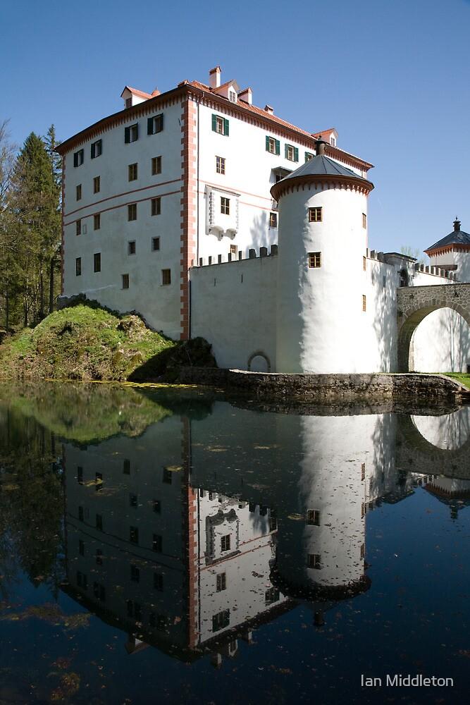sneznik castle, Slovenia by Ian Middleton
