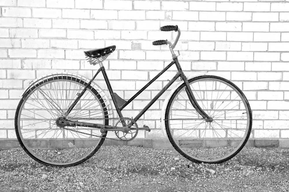 Another Vintage Bicycle.... by mitpjenkeating