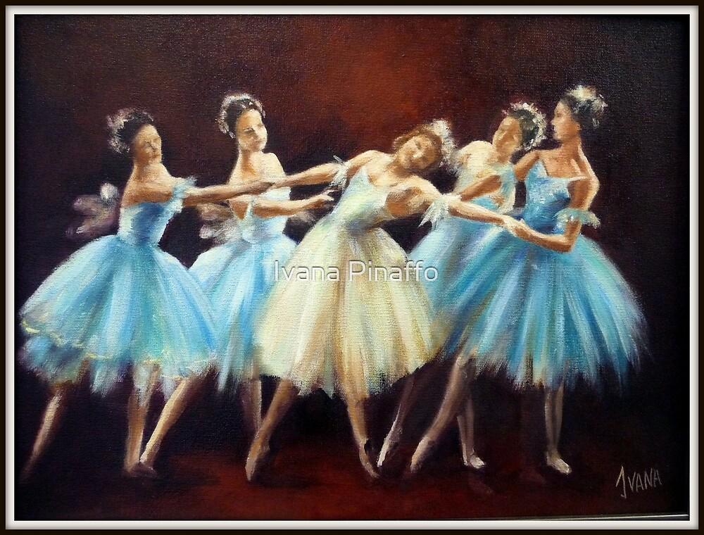 Ballerinas by Ivana Pinaffo