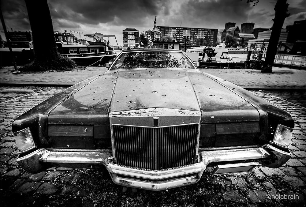 Old American car by enolabrain