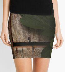 Fig leaf on wood Mini Skirt