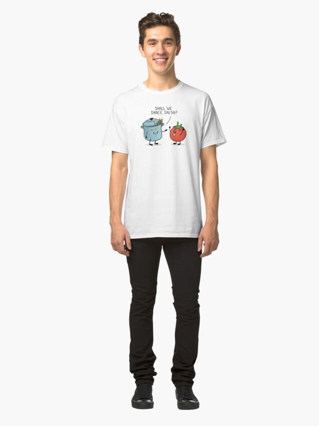 Vista alternativa de Camiseta clásica ¿Bailamos salsa? Le dice la olla al tomate