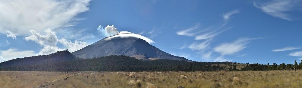 Popocatépetl Volcano by timrobertssound