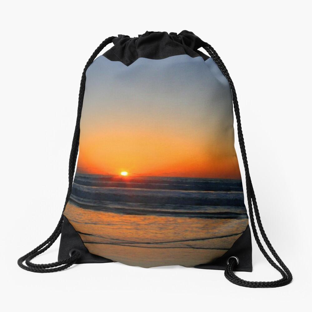 Beach art ... be17 Drawstring Bag