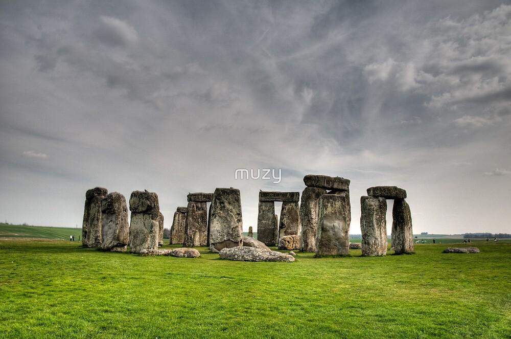 Stonehenge HDR by muzy