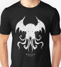The Call of Cthulhu - Eldritch Dreamer - Lovecraftian mythos wear Slim Fit T-Shirt