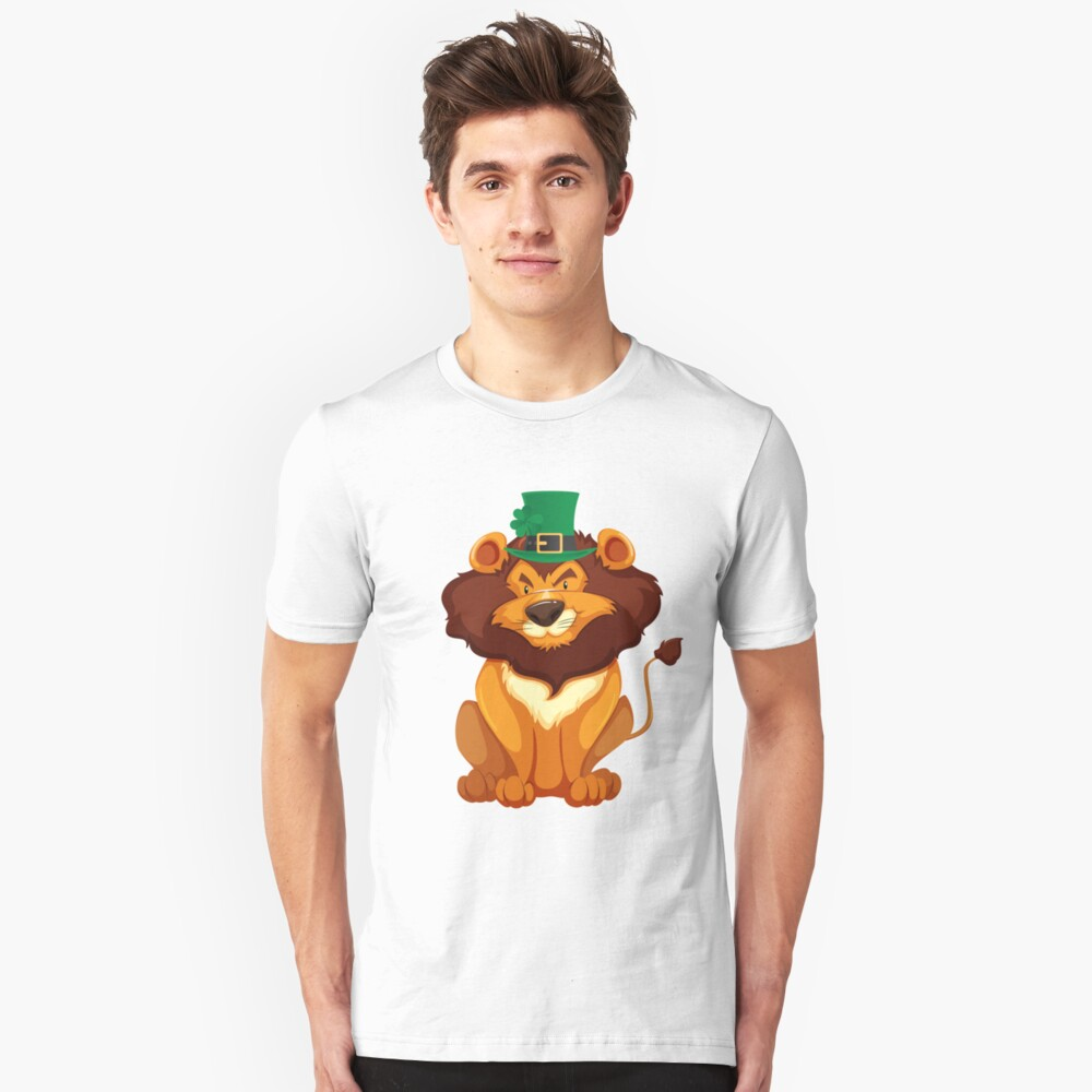 Cute Lion Wearing a Lucky Leprechaun Hat 4 Leaf Clover - Funny Cute Cartoon Animal Illustration Drawing Saint Patrick's Day Holiday Great Gift Unisex T-Shirt