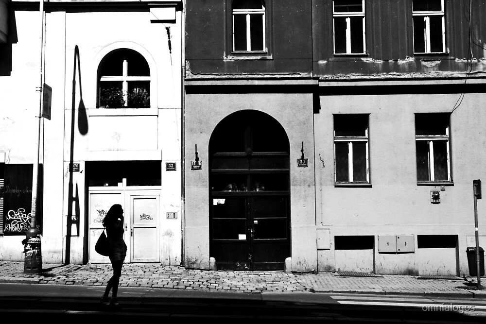Girl waiting in Prague by omnialogos